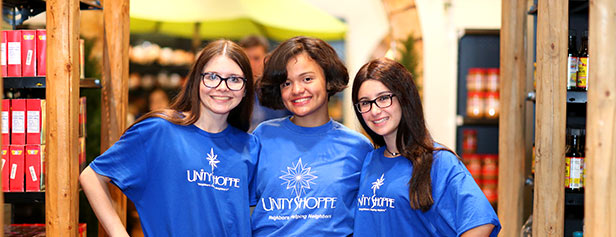 Volunteer at Unity Shoppe